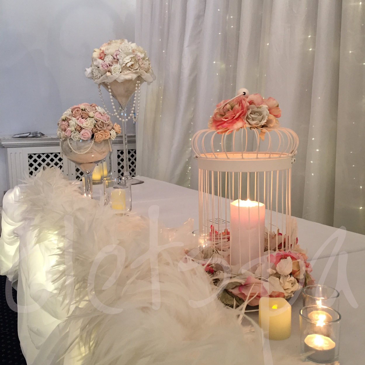 feather-head-table-decor