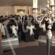 yasmine-and-candelabra-table-decorations-7