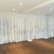 white-gathered-drape-curtain