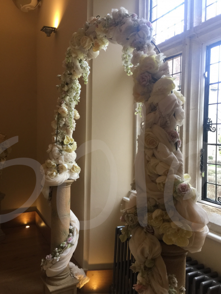 wedding-arch-floral-decoration