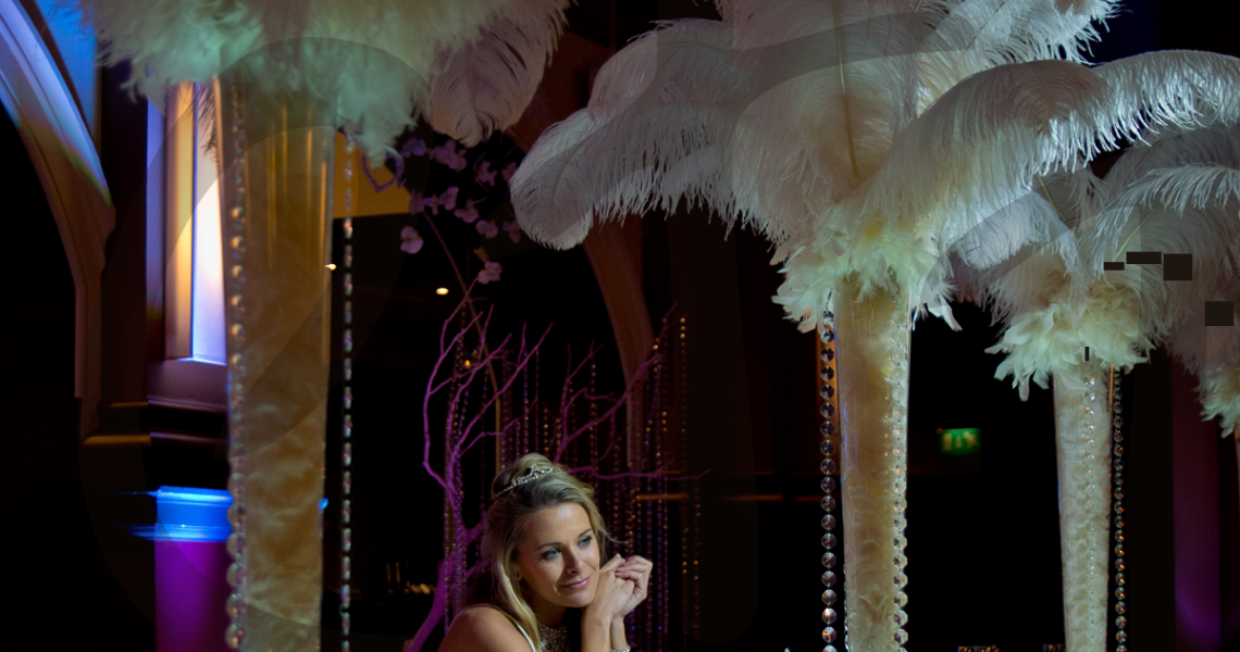 ostrich-feather-decoration-table-wedding-hire-es
