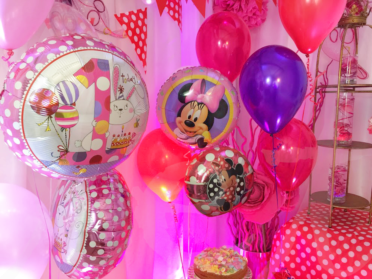 themed-foil-latex-balloon-bouquet