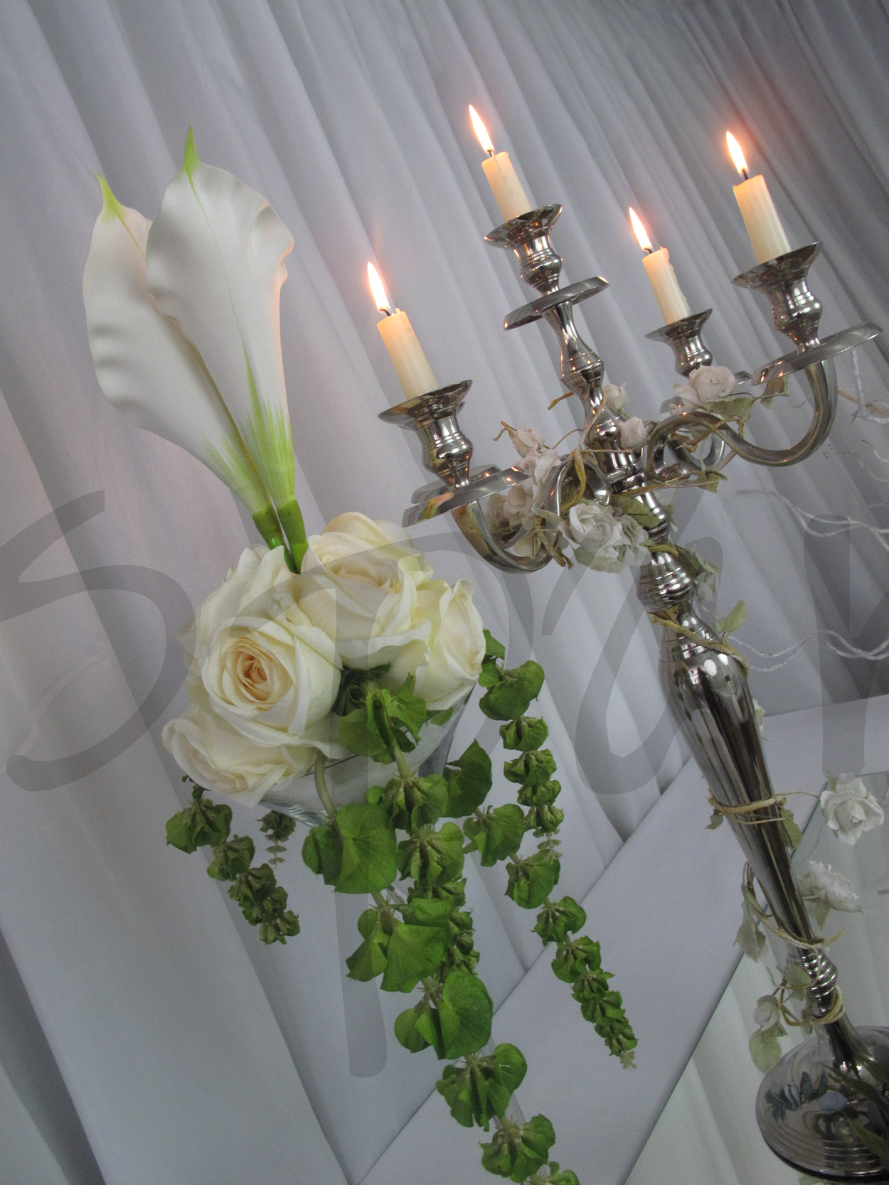calla-lily-table-decoration