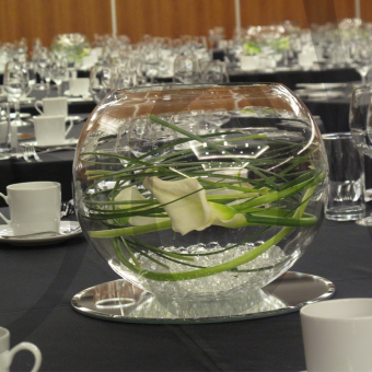 corporate-table-decoration