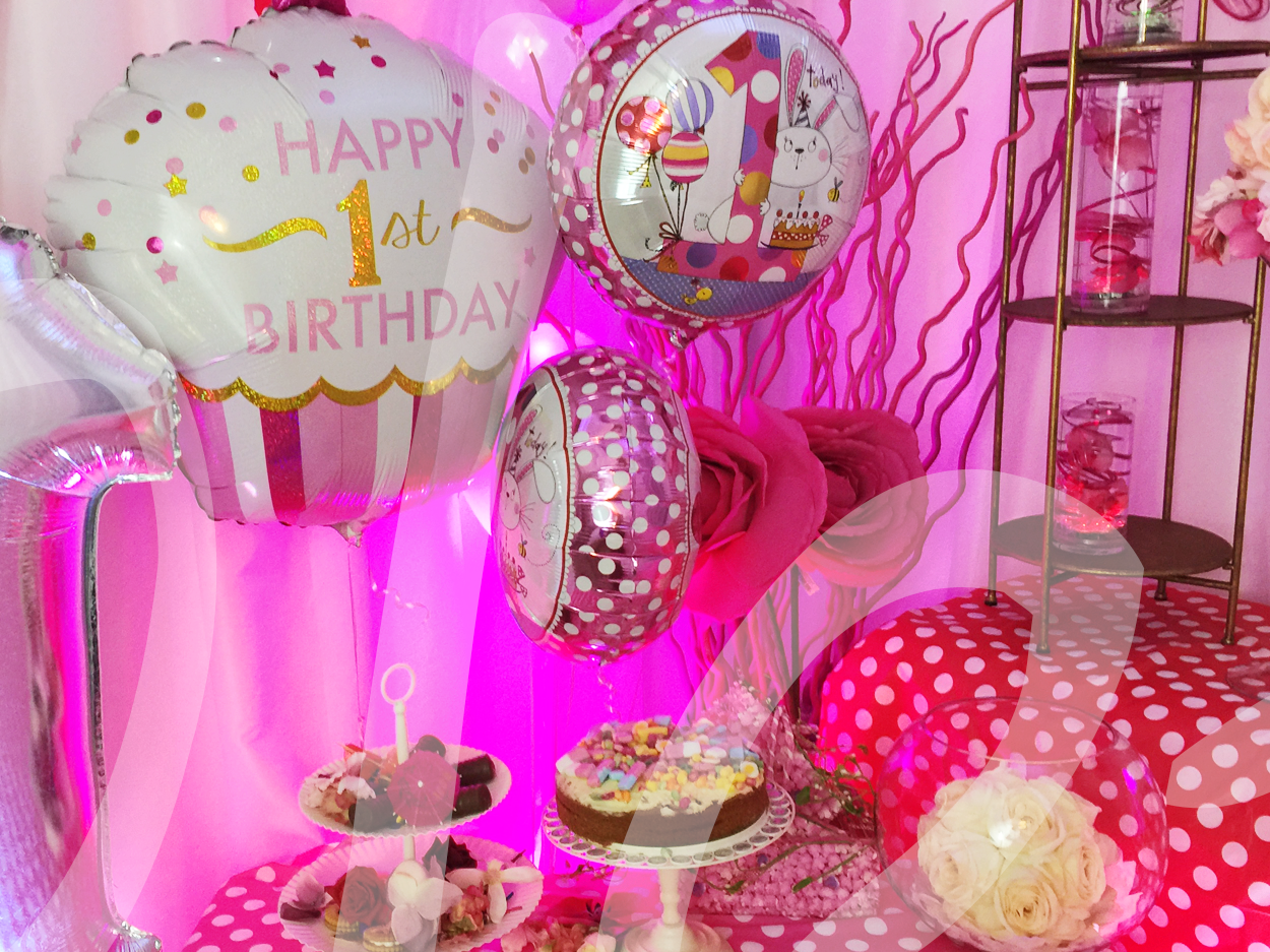 first-birthday-party-decoration-girls-1