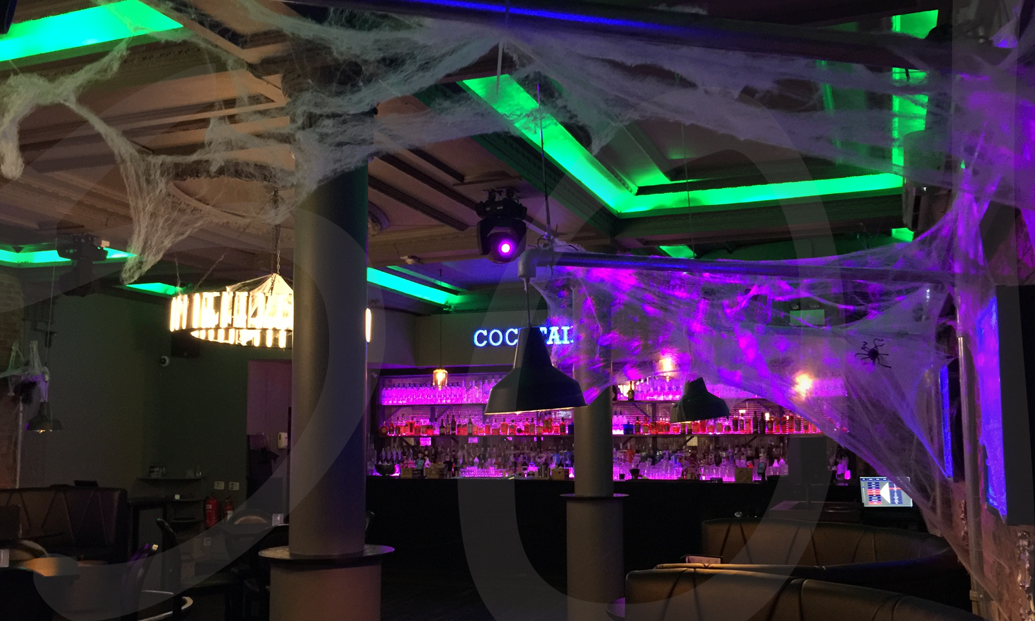 halloween-decorations-themed-event-dressing