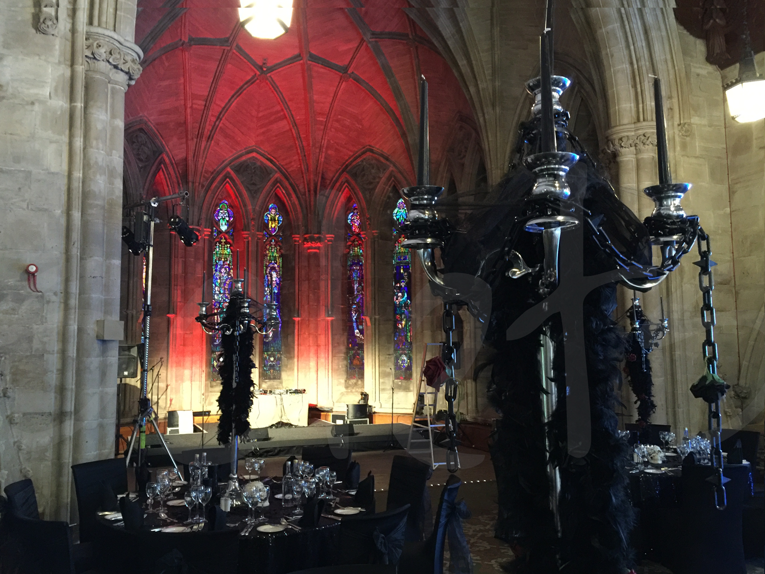 halloween-venue-dressing