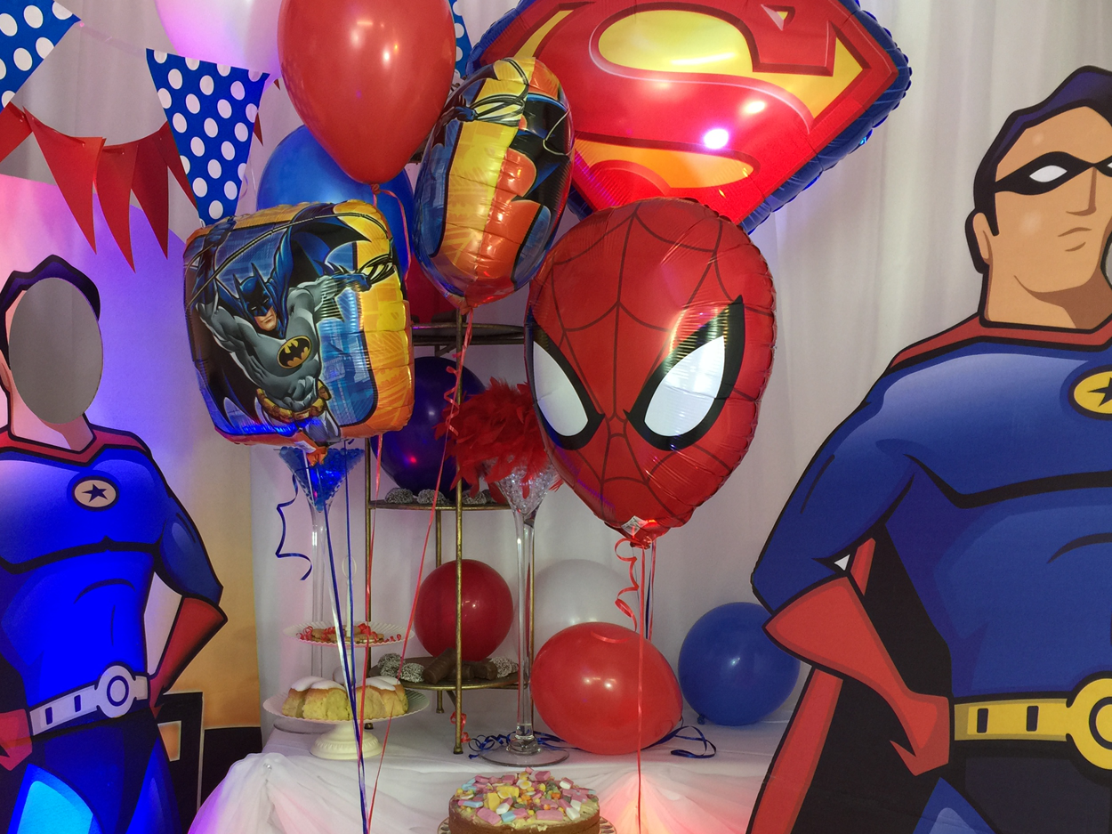 heros-themed-decoration-1