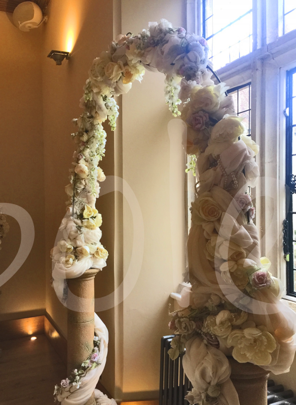 ivory-vintage-wedding-arch-decoration