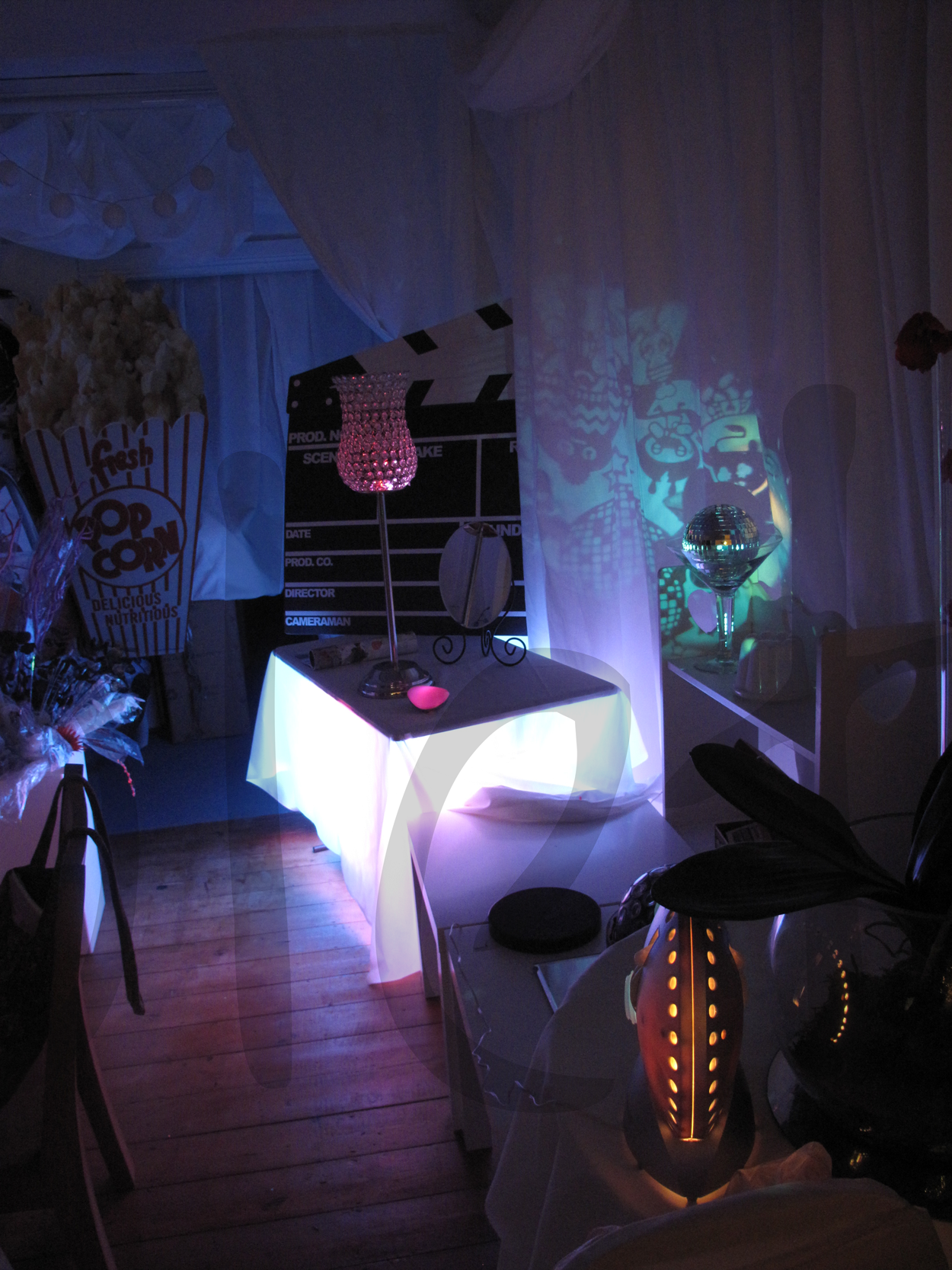light-projector-decoration-w