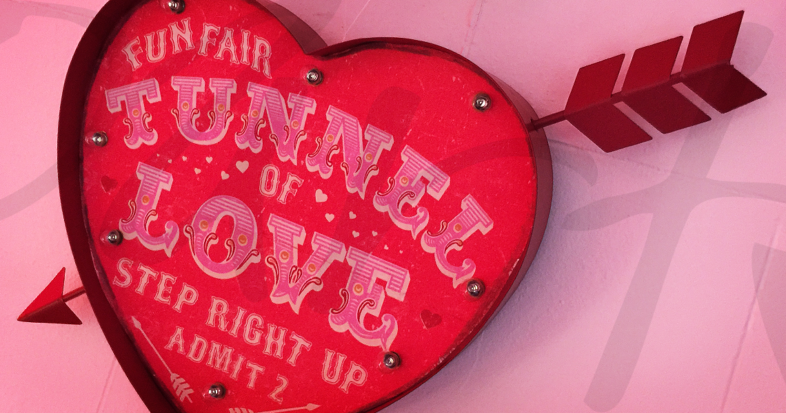 heart fairground sign