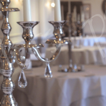 Candelabra-table-decoration