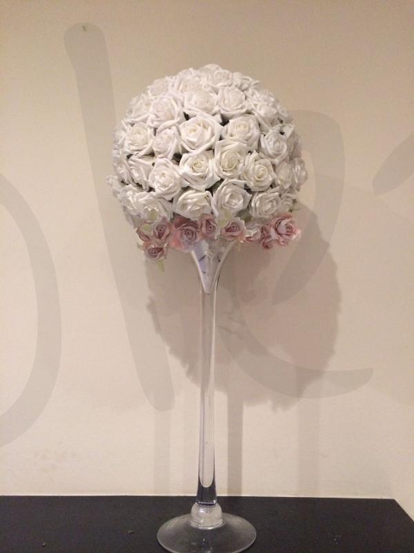 floral-table-decoration-cignet