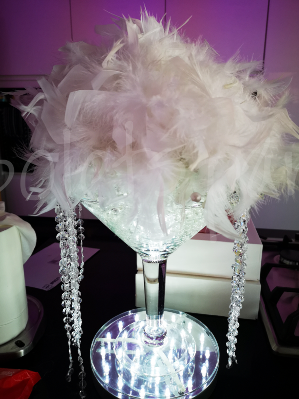 crystal-feather-table-decoration