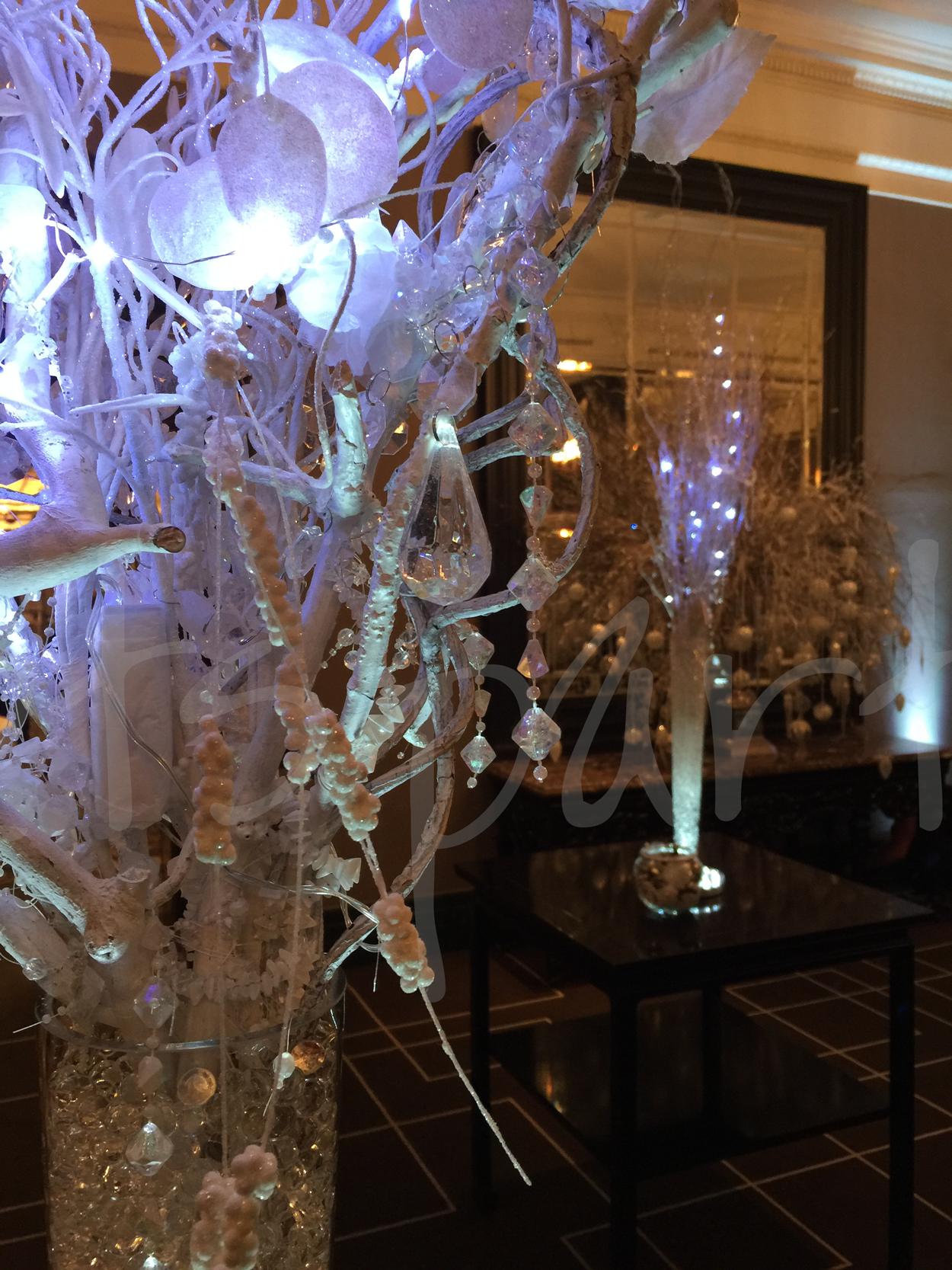 myriad-crystals-table-decoration-hire
