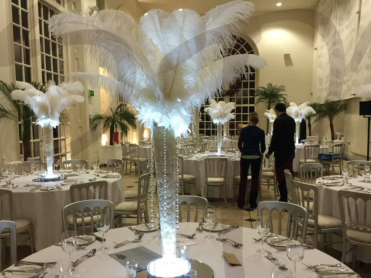 ostrich-feather-table-decorations-venue-dressing