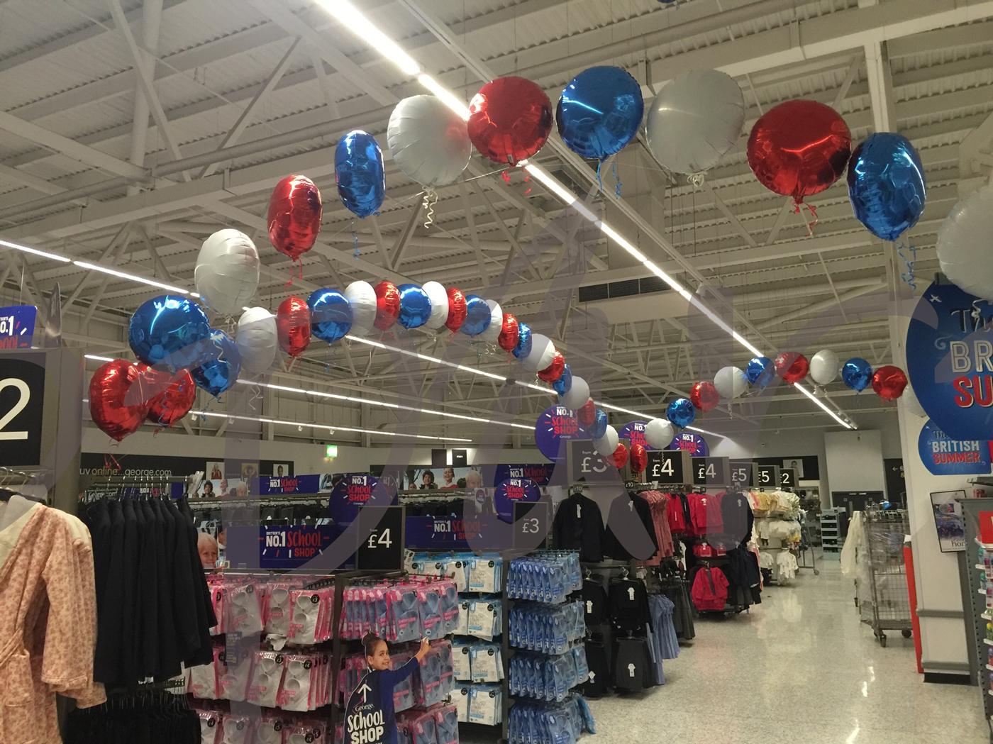 foil-balloon-arch