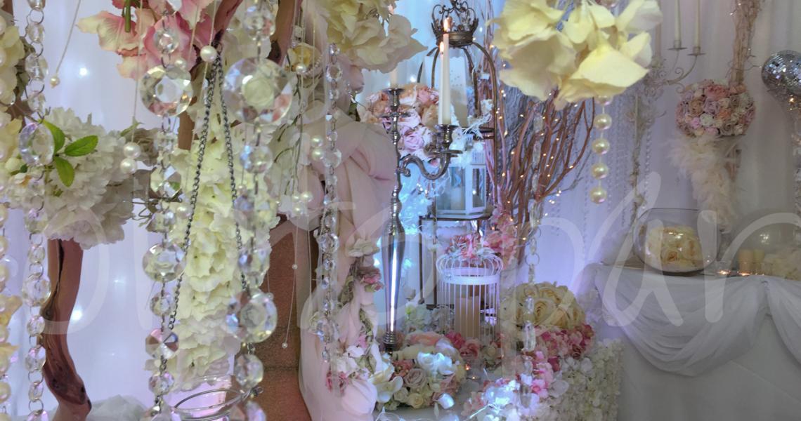 blossom-tree-wedding-decorations