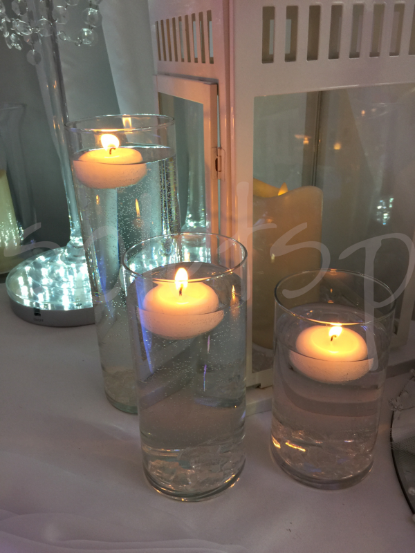 floating-candle-table-decoration