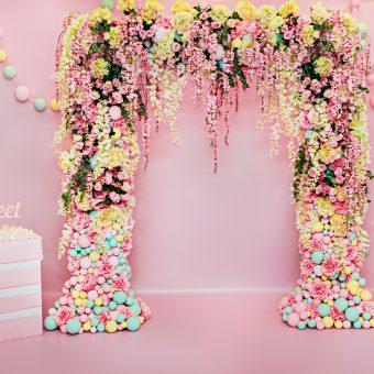 floral-arch-decor