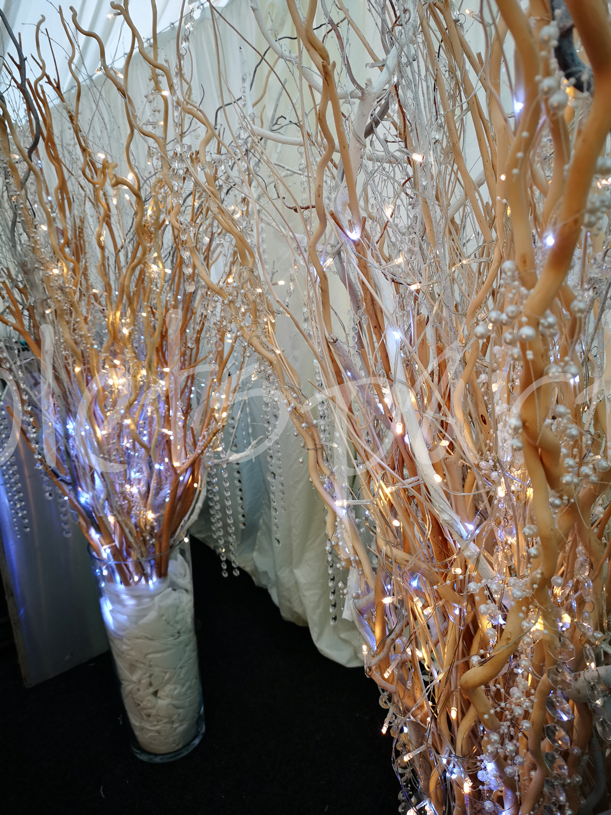 crystal-branch-event-decoration